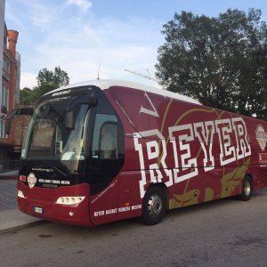 5 300x300 - Noleggio pullman - bus e minibus - pulmini e van a Treviso