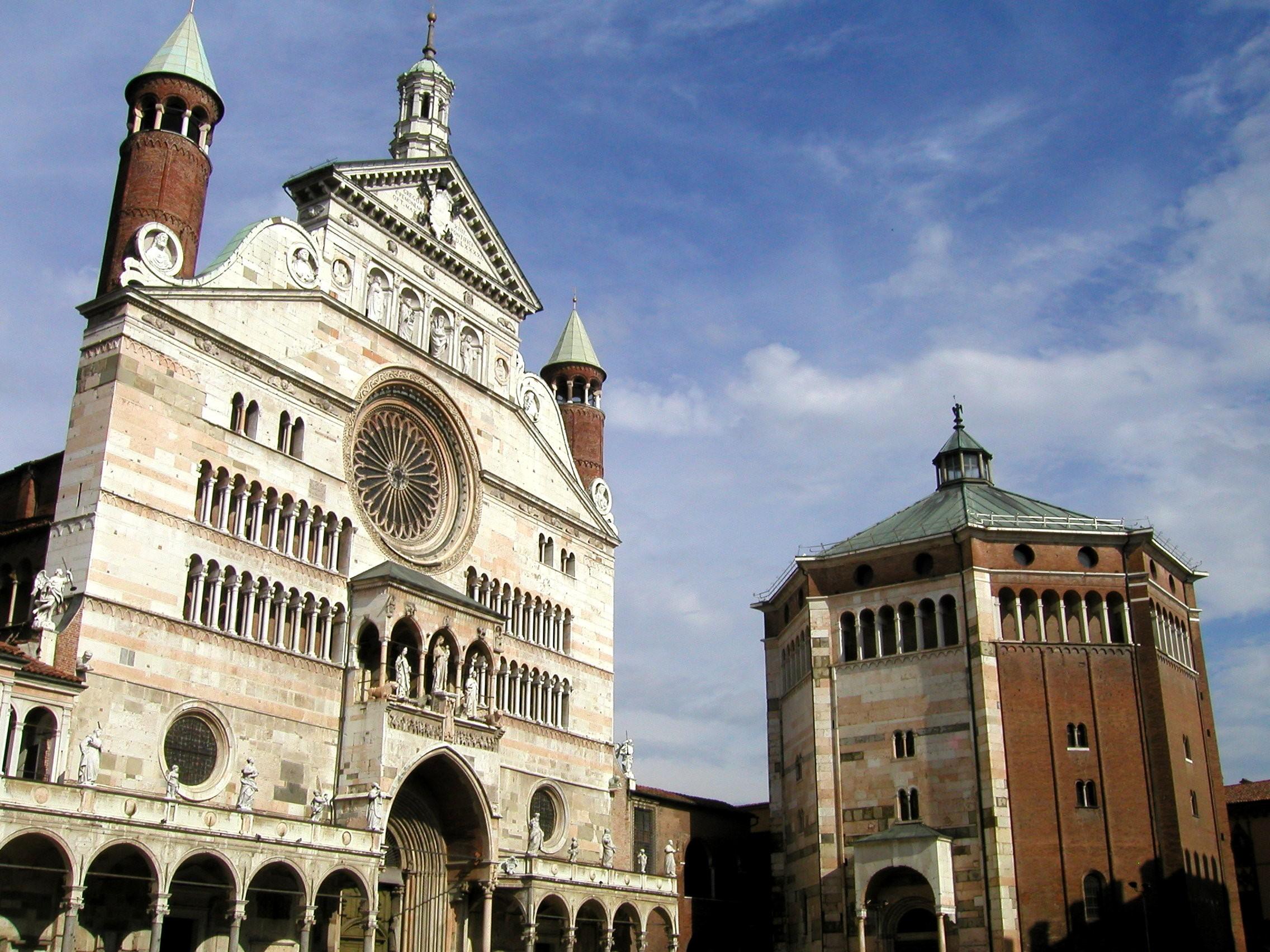 Cremona la città dei violini e il borgo di Soncino – 25.11.2018 – Tour di un giorno