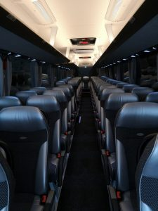 PULLMAN GRANDE INTERNI 225x300 - Noleggio pullman - bus e minibus - pulmini e van a Treviso
