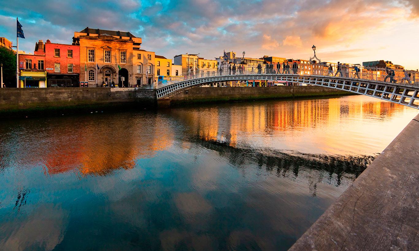 dublin top ten hapenny bridge bg - Tour Bellezze d'Irlanda
