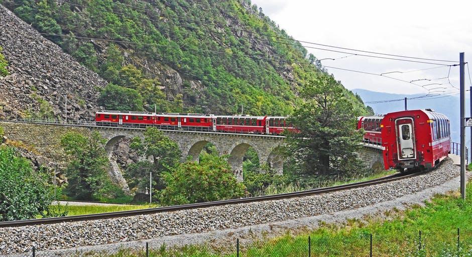 bernina railway sweeping viaduct brusion bernina - Il Lago di Como ed Il Trenino Rosso del Bernina -  20/21 Luglio 2019